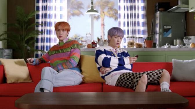 Lirik Lagu EXO-SC, Telephone