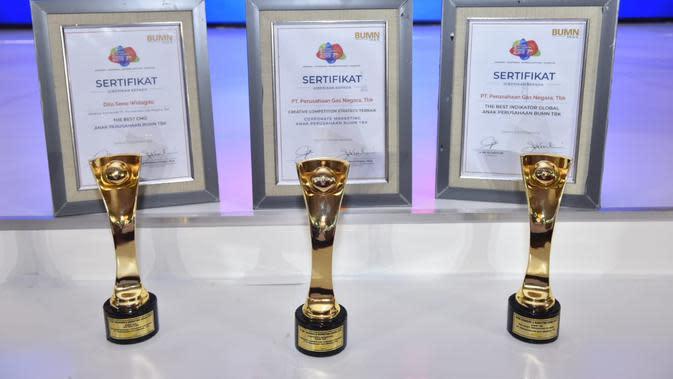 "BUMN Branding And Marketing Award 2019 diselenggarakan oleh BUMN Track yang didukung oleh Arrbey Consulting dengan mengambil tema ""Beyond Innovation""."