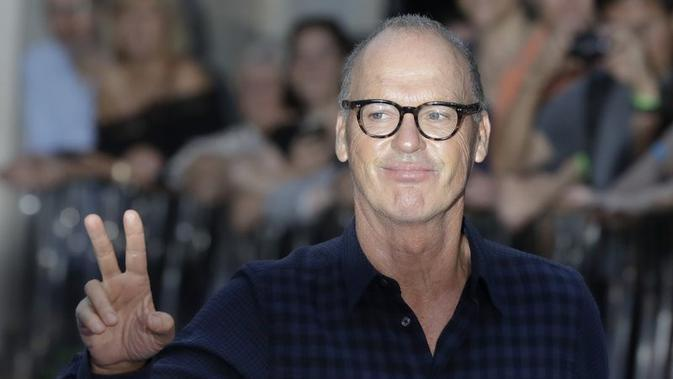 Michael Keaton saat hadir di world premiere film The Beatles, Eight Days a Week di London, pada 2016 lalu. (AP Photo/Kirsty Wigglesworth, File)