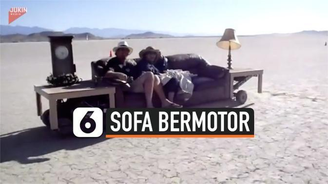 VIDEO: Serunya Balapan dengan Sofa Bermotor