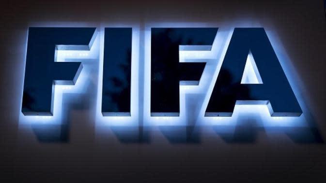 Logo FIFA. (AFP PHOTO / FABRICE COFFRINI)