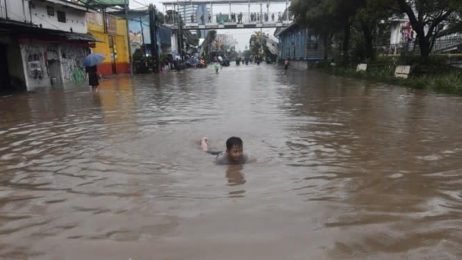 Anggota DPRD DKI Khawatir Banjir di Masa Pandemi COVID-19