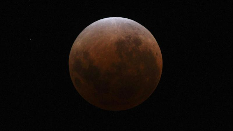 Australians will be able to see the rare blood moon lunar eclipse on Saturday.