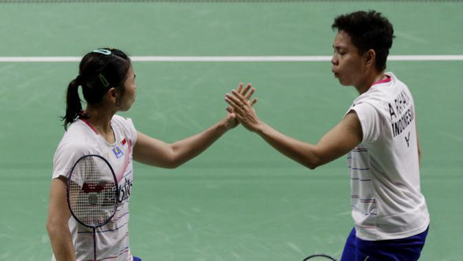 Ganda Putri Indonesia, Greysia Polii/Apriyani Rahayu saat tampil di Indonesia Masters 2020. (Bola.com/M Iqbal Ichsan)