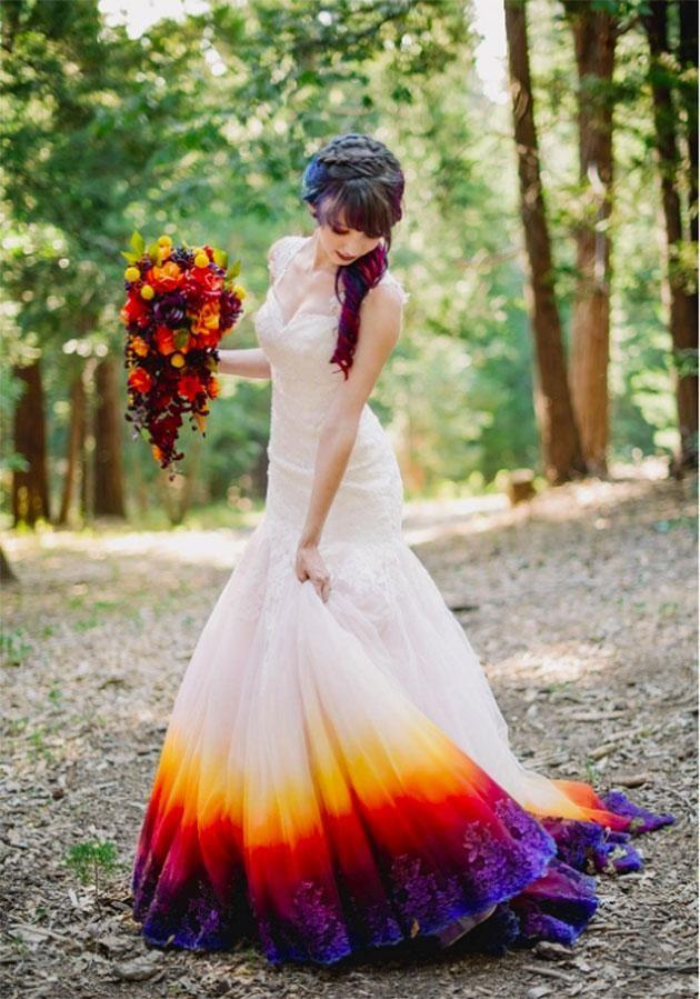 0ba763eb8fc The wedding dress that had the whole internet divided
