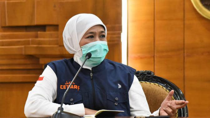 Konferensi pers perkembangan kasus virus corona baru yang memicu COVID-19 di Gedung Grahadi, Kamis (26/3/2020) (Foto: Liputan6.com/Dian Kurniawan)