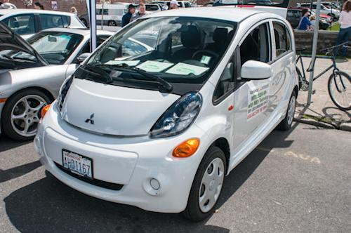 With $69 a month lease, the Mitsubishi i-MiEV becomes America's cheapest electric car