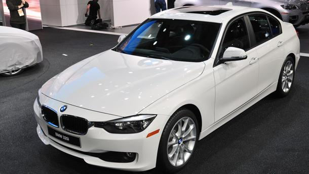 BMW reveals the 2013 BMW 320i sedan, for 3-Series fans on a budget