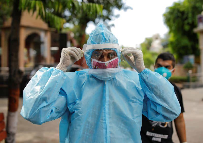 India coronavirus cases cross 3 million mark as economy opens up
