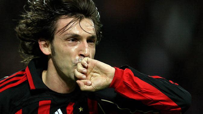 Meninggalkan AC Milan pada musim 2010/2011 Andrea Pirlo membuat kejutan dengan gabung bersama Juventus. Bersama Si Nyonya Tua dirinya menjadi pemain terbaik Serie A tahun 2012, 2013 dan 2014. (Photo by PACO SERINELLI / AFP)