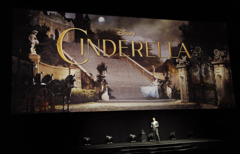 Disney's CinemaCon Panel Gives First Look At 'Cinderella'