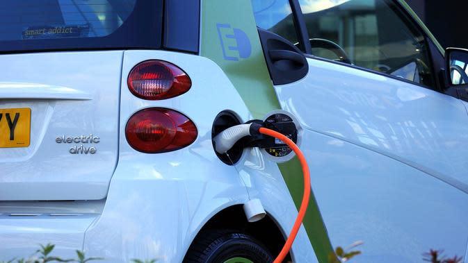 Pertamina Bakal Jual Baterai Kendaraan Listrik