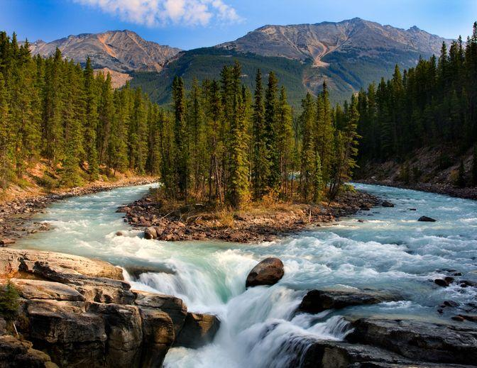 "<p><a href=""https://www.pc.gc.ca/en/pn-np/ab/jasper"" target=""_blank"">Jasper National Park</a> is widely known as one of the most beautiful parks in Canada, which is saying a lot. It's also the largest national park in the Canadian Rockies and a UNESCO World Heritage Site. With rocky lake beaches, plenty of hiking trails, hot springs, biking, fishing, horseback riding, and more, this park truly has it all - along with stunning views of the mountains, of course. </p>"