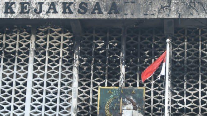 Kasus Kebakaran Gedung Kejagung, Pejabat Pembuat Komitmen Mangkir