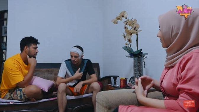 6 Potret Isi Rumah Dylan Carr, Ada Boneka Spesial di Kamar Tidur (sumber:YouTube Aish TV)