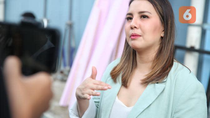 Tya Ariestya. (Adrian Putra/Fimela.com)