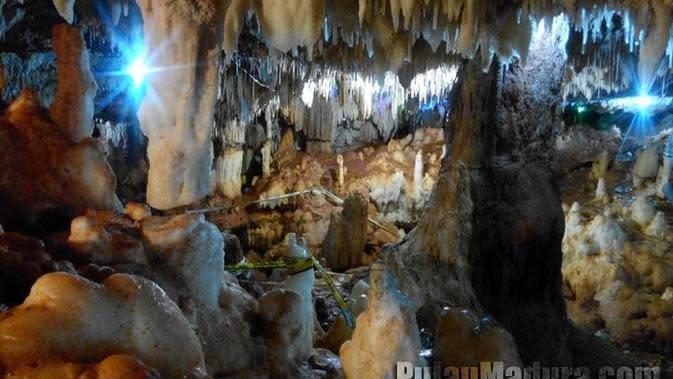 Gua Blaban, Madura. (pulaumadura.com)