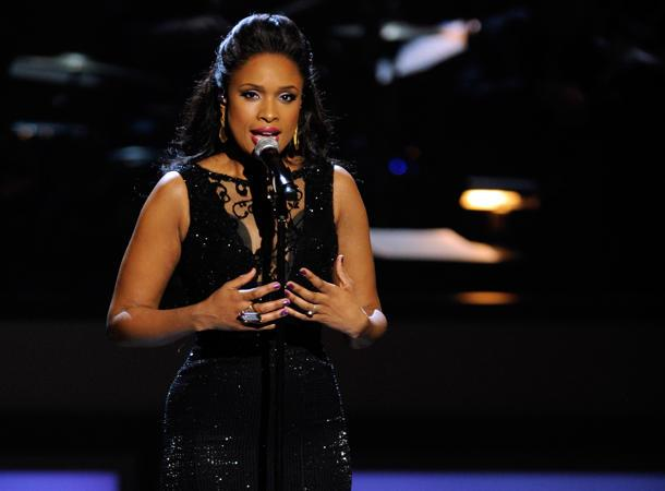 "Jennifer Hudson Says 'American Idol' Should ""Go Out On Top"""