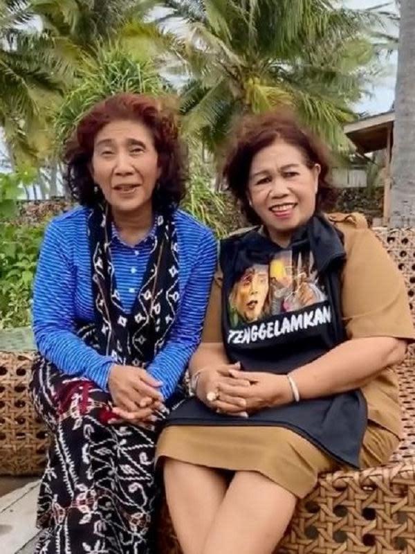 Susi Pudjiastuti bersama Bupati Rote di Pulau Nembrala (Dok.Instagram/@susipudjiastuti115/https://www.instagram.com/p/B7NXPfTHaCp/Komarudin)