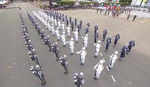 國慶表演呈現「多元」 直升機吊掛國旗掀高潮