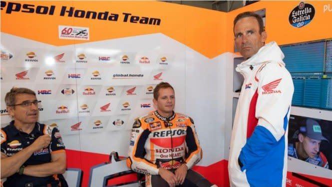 Senyuman Bradl di Atas Nasib Sial yang Menimpa Marquez