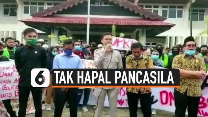 VIDEO: Viral Anggota DPRD Tak Hapal Teks Pancasila