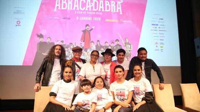 Film 'Abracadabra', Reza Rahadian saat ditemui di XXI Plaza Indonesia, Jakarta Pusat, Rabu (8/1/2020). (Adrian Putra/Fimela.com)