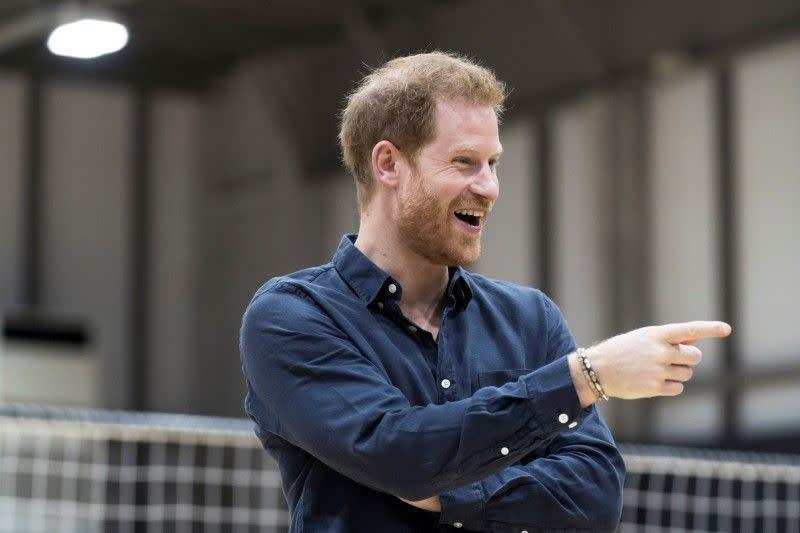 Pangeran Harry muncul di depan umum untuk pertama kalinya sejak pisah dari kerajaan