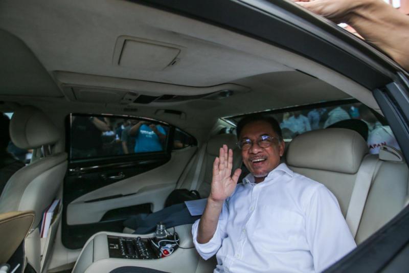 PKR president Datuk Seri Anwar Ibrahim leaves the PKR headquarters in Petaling Jaya on February 24, 2020. — Picture by Hari Anggara