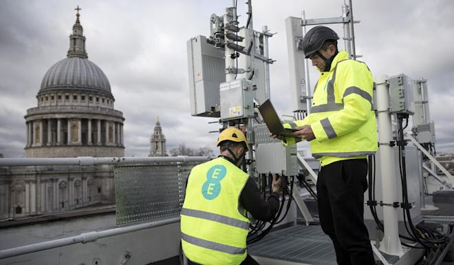 Huawei equipment will be removed from the British network by 2027. Photo: Bloomberg