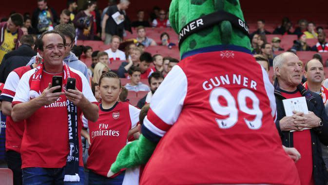 Pihak Arsenal merasa tak terlalu membutuhkan kehadiran sang maskot karena para fans saat ini masih tak bisa hadir ke stadion secara langsung. (AFP/Adrian Dennis)
