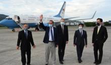 美衛生部長、日前首相森喜朗、捷克議長接力訪台 專家:美國下定決心挺台灣