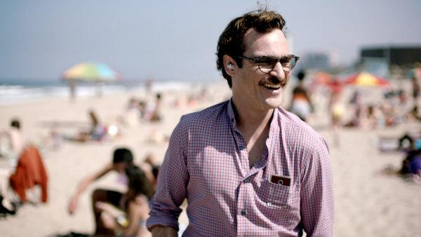 Joaquin Phoenix Looks for Love in 'Her' Trailer