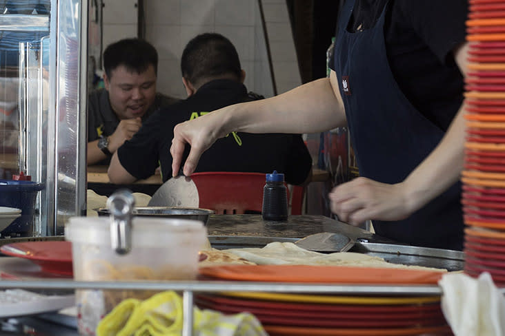 Restrained use of vegetable oil ensures the 'roti canai' isn't greasy