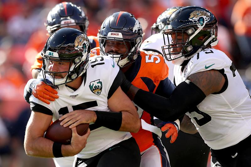 Von Miller had a big day with 2 sacks, but a controversial late roughing call helped the Jags gain position for a game-winning field goal. (Getty)