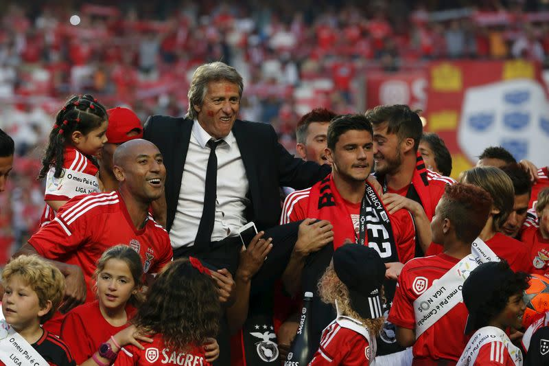 Benfica coach baffled by ban on supporters in Portugal