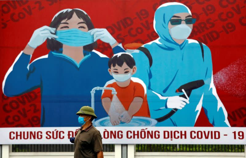 Vietnam can produce 5.72 million surgical masks a day - government statement