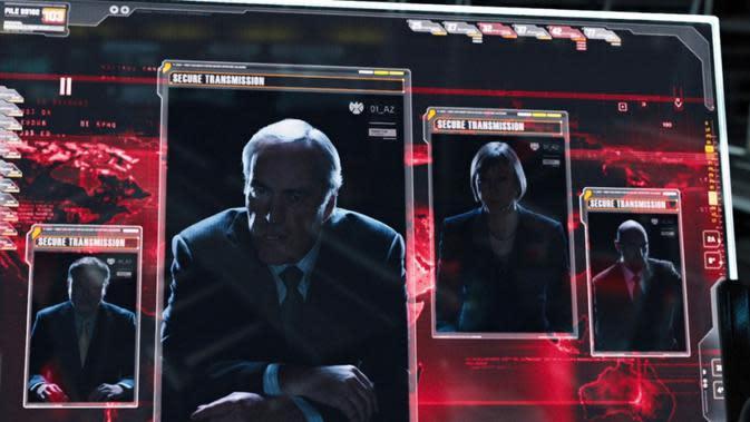 Aktor Powers Boothe (depan) dalam film The Avengers. (Marvel Studios)