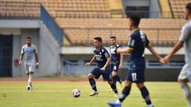 Liga 1 Belum Jelas, Persib Liburkan Pasukannya