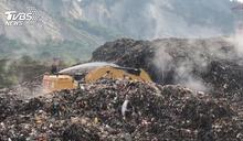 怕又燒!草屯5萬噸垃圾山 中央編列3億「滅山」