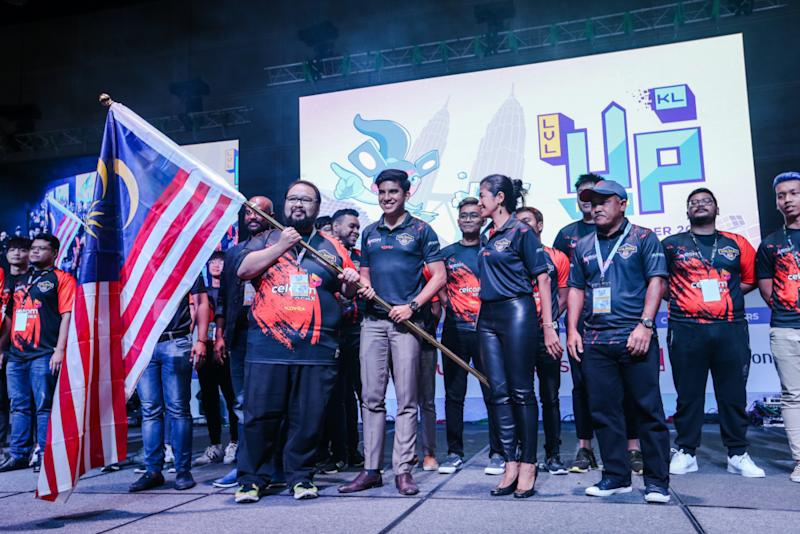 Youth and Sports Minister Syed Saddiq Syed Abdul Rahman flags off the SEA Games National Esports team after the launch of Level Up Kl Play 2019 in Kuala Lumpur November 9, 2019. — Picture by Firdaus Latif