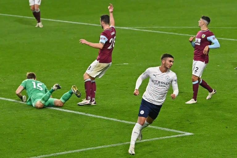 Man City, Man Utd ease into League Cup quarter-finals