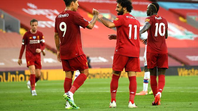 Pemain Liverpool merayakan gol Mohamed Salah ke gawang Crystal Palace. (Dok. Twitter/LFC)