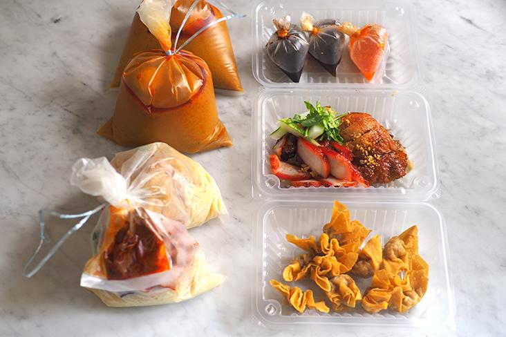 Your food is separated in packets and boxes which makes it easy to unpack at home