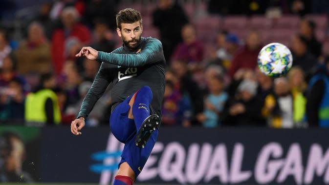 6. Gerard Pique - Bek berusia 33 tahun ini menjadi tembok yang kokoh di lini pertahanan Barcelona. Pique meraih dua kali treble winners saat membawa Barcelona meraih juara Liga Champions, Spanish Champion, Spanish Cup pada 2009 dan 2015. (AFP/Josep Lago)