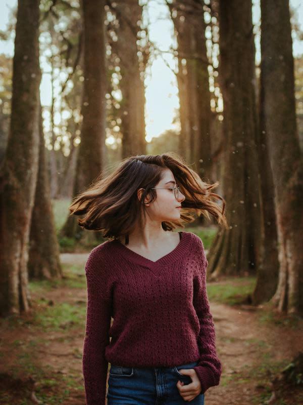 ilustrasi rambut sehat | pexels.com/@steinportraits