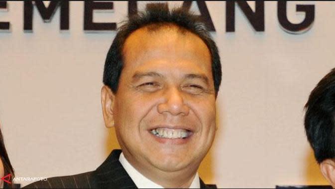 Menko Perekonomian, Chairul Tanjung menuturkan, pihaknya masih harus merapatkan soal kenaikan harga elpiji 12 kilo gram.