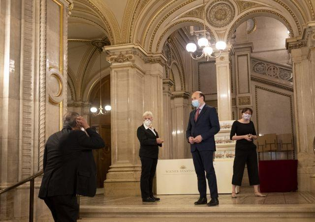 Mask-clad music lovers trickle in as Vienna concert houses reopen