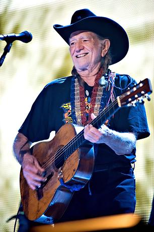 Willie Nelson Statue to Be Erected in Austin