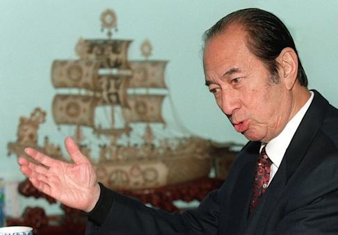 Stanley Ho during an interview with SCMP about his troubles in the Philippines, at his office in the Shun Tak Centre on March 2, 2000. Photo: SCMP